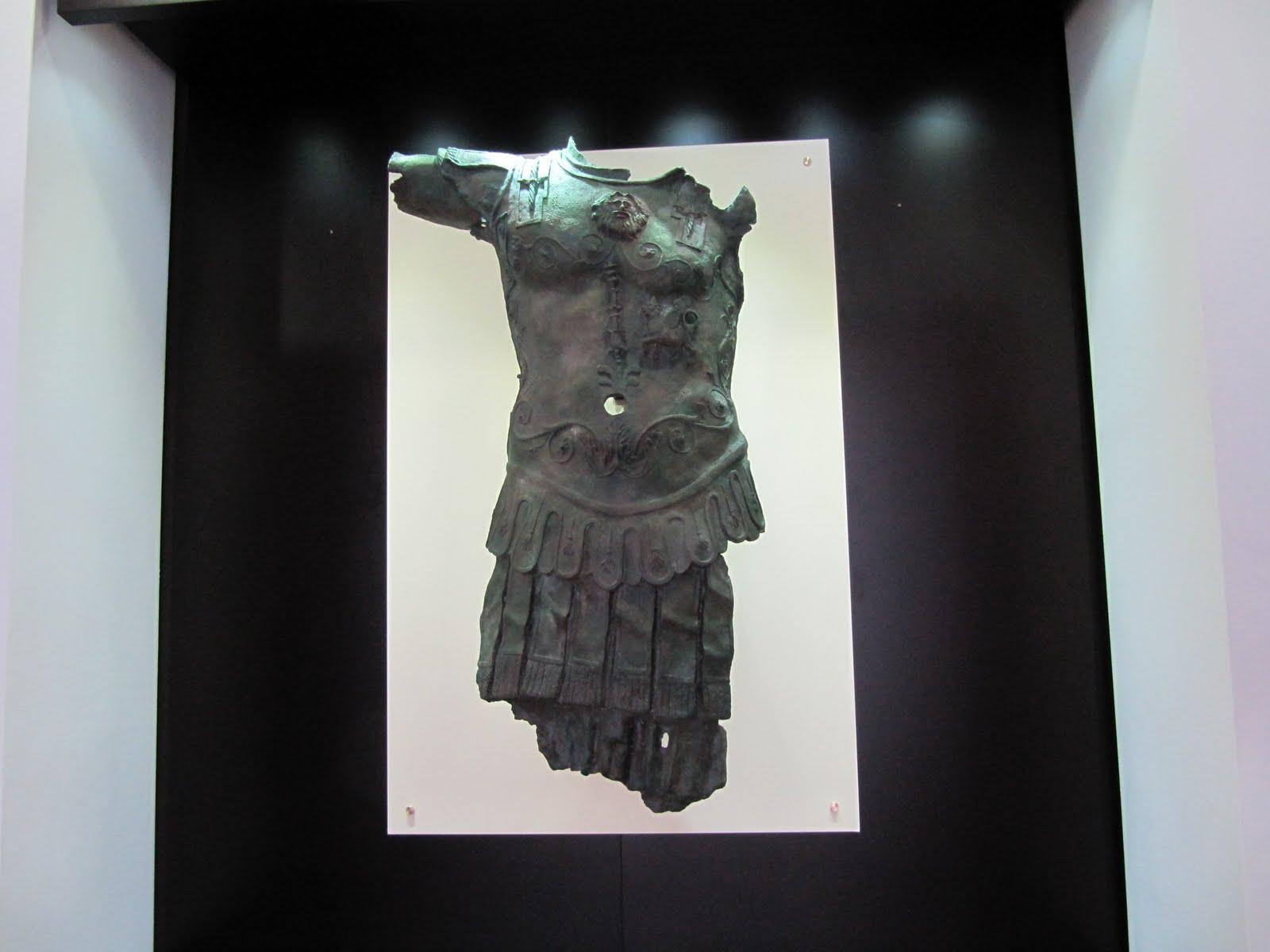 IMG_3177 Colocación de la copia del Thoracato en el Museo de Chiclana