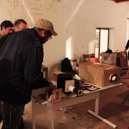 11-550x548 Taller Creación artística y artilugios ópticos, en LA CASA AZUL